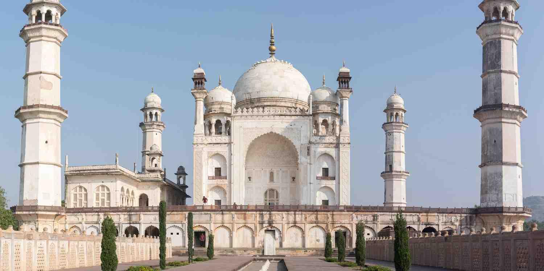 Background image of Aurangabad