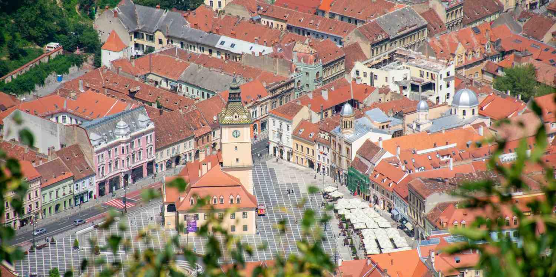 Background image of Brasov