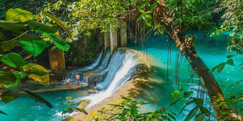 Background image of Cebu