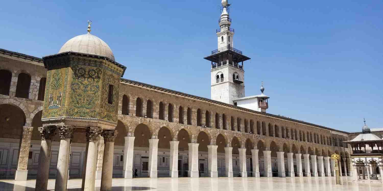 Background image of Damascus