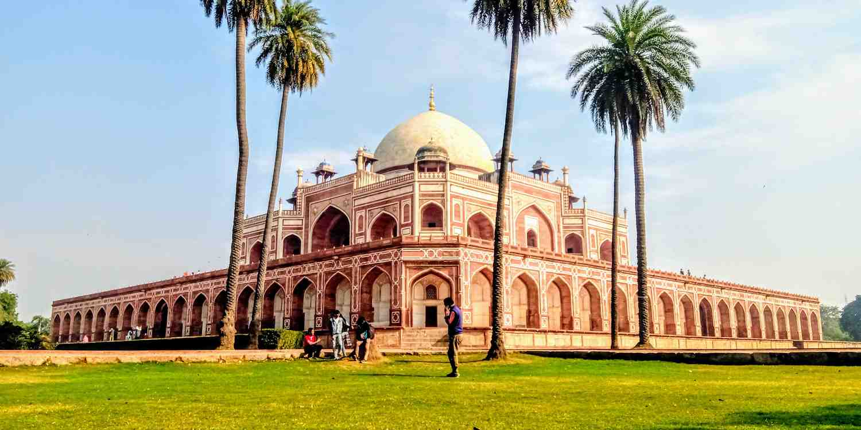 Background image of Delhi