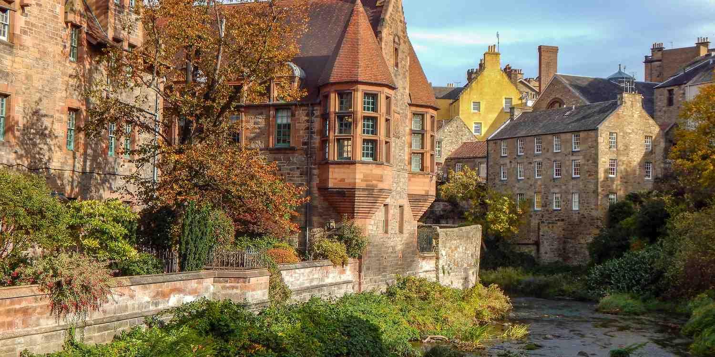 Background image of Edinburgh