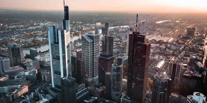 Background image of Frankfurt