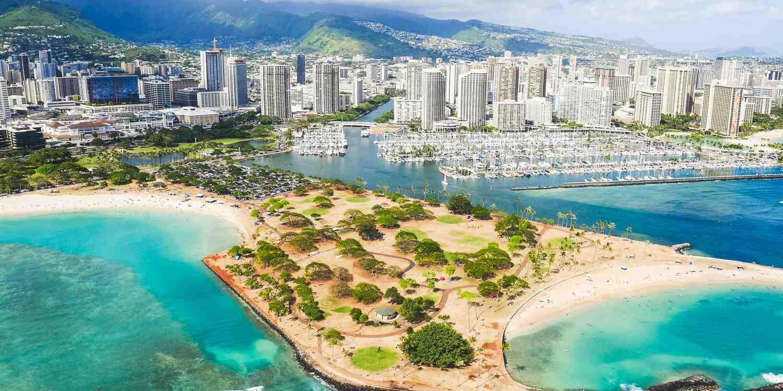 Background image of Honolulu
