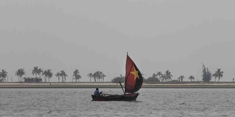 Background image of Luanda