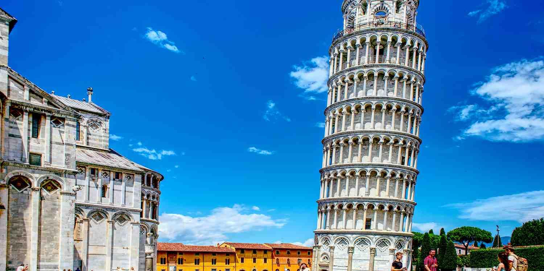 Background image of Pisa