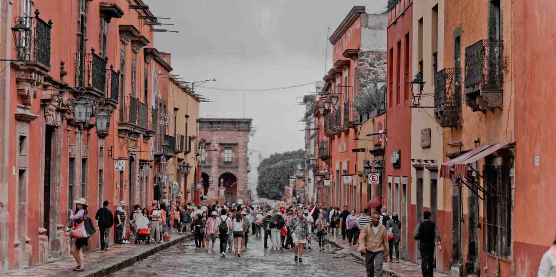 Background image of San Miguel de Allende