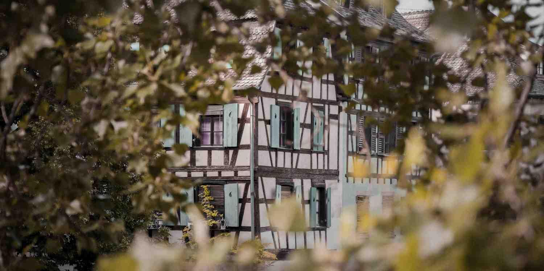 Background image of Strasbourg