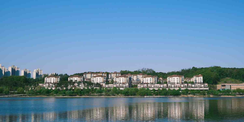 Background image of Suwon