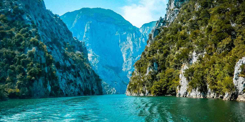 Background image of Tirana