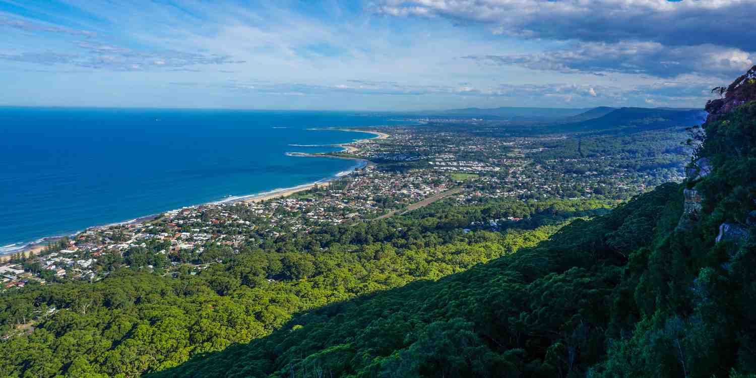 Background image of Wollongong