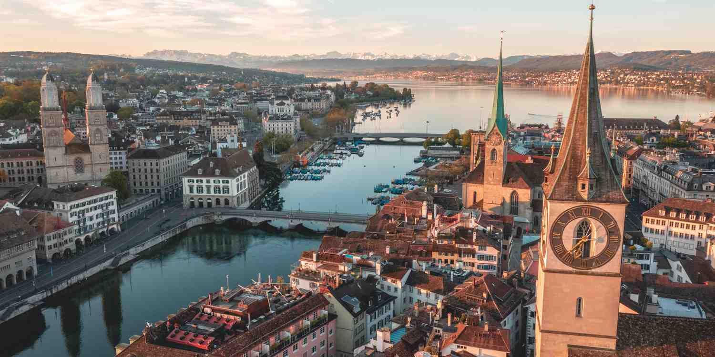Background image of Zurich