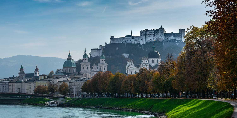 Background image of Salzburg